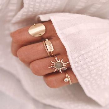 Chon & CHON - WWW.CHONANDCHON.COM RINGS SET, gold rings, jewelry addict, rings layering, accumulati