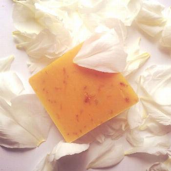 Feel like Cleopatra with this smooth goat milk and flower-mix facial soap ???