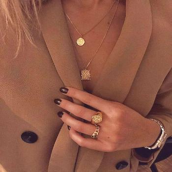 Gold jewellery | Gold rings | Layered necklace | Gouden sieraden | Gouden ketting | ringen | sierad