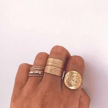Jewellery | Gold jewellery | Gold rings | Gouden s... -