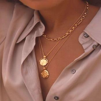Lucy Williams Rising Sun Medallion Necklace | 18ct Gold Plated | Missoma